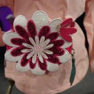 Disney Parks Epcot Flower and Garden fanny pack